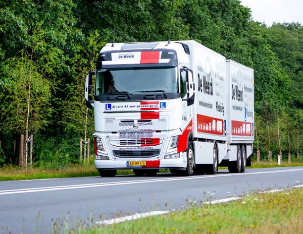 Vrachtauto met aanhanger rijbewijs